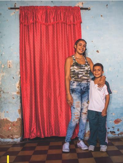 Santiago met zijn moeder